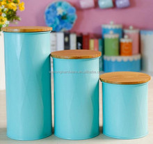 Hot Sell Embossed Line Metal Canister Coffee/Sugar/Tea/Pasra Metal Container with Bamboo Lid