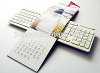 wholesale custom Cheap English arabic table calendar printing in China