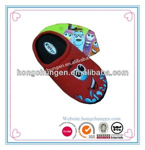 red embroidery popular indoor fashion men slipper