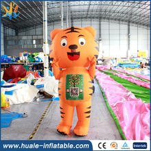 Customized Cute Design Inflatable Cartoon Character, Inflatable Model for Sale