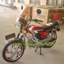 Economic and Classic CG110 and CG125 chopper motorcycle