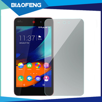 High quality 9h 2.5d in base tempered glass screen protector applicator for wiko rainbow up 4g