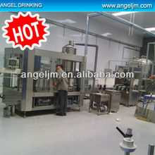 This year Chinese mineral water plant manufacturers automatic pet bottle mineral water bottling machine