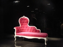chaise long sofa for wedding