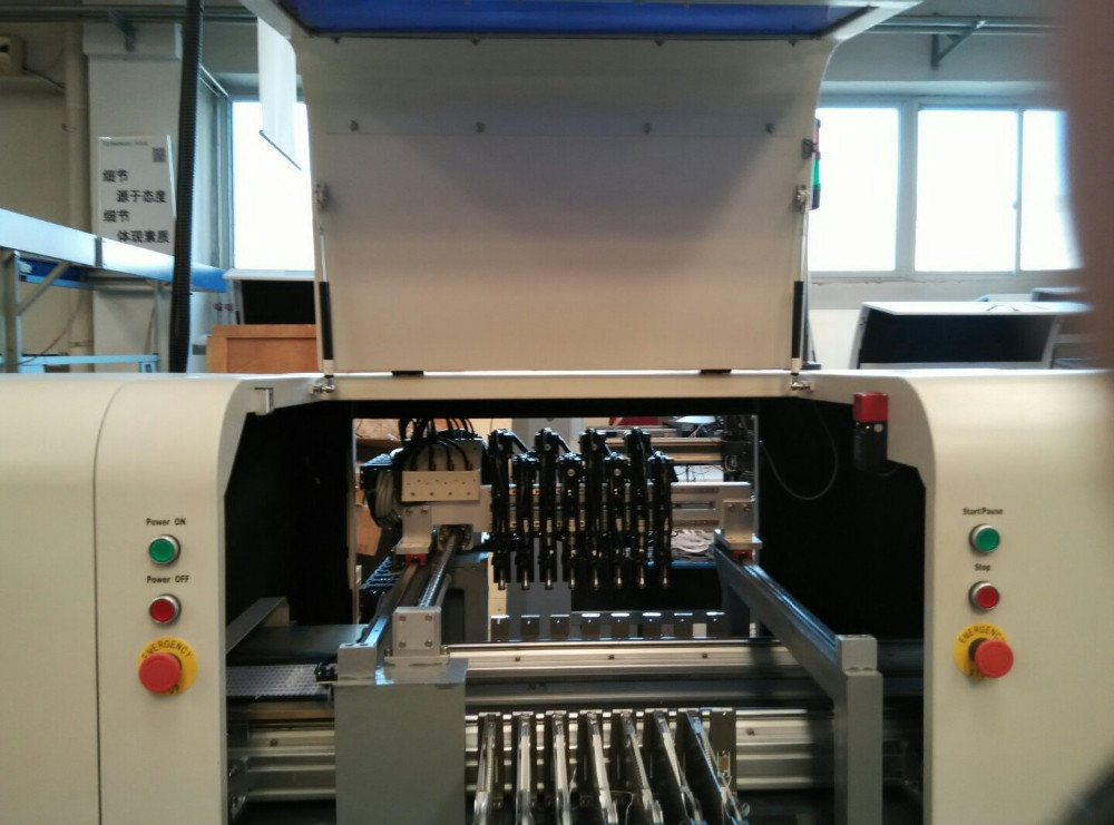 L8 SMT pick and place machine Online high-speed industrial LED placement machine