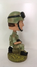 Bobble head for promotional gift serious fighting army with gun