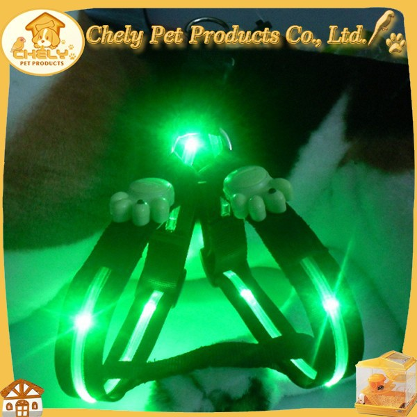Soft Flashing LED XXl Dog Harness Wholesale Made Of Nylon Pet Collars & Leashes