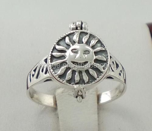 UNIQUE 925 STERLING SILVER SUN FACE POISON RING