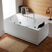 Small Size Double Apron Acrylic Corner Bathtub (CA-F7029)