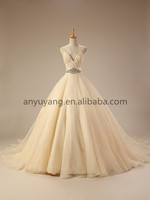 WD0003-2015 New Design Champagne V-neckline Wedding Gown Ball Gown With Puffy Tulle