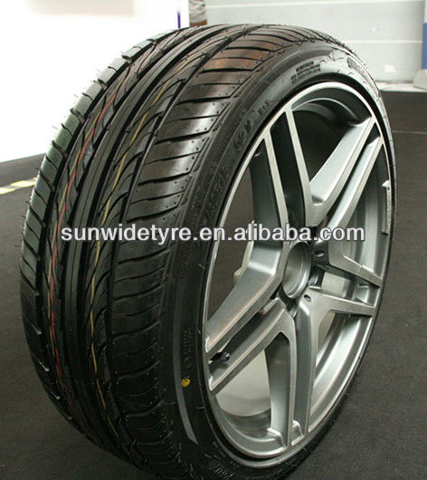 UHP car tyre 225/35r20