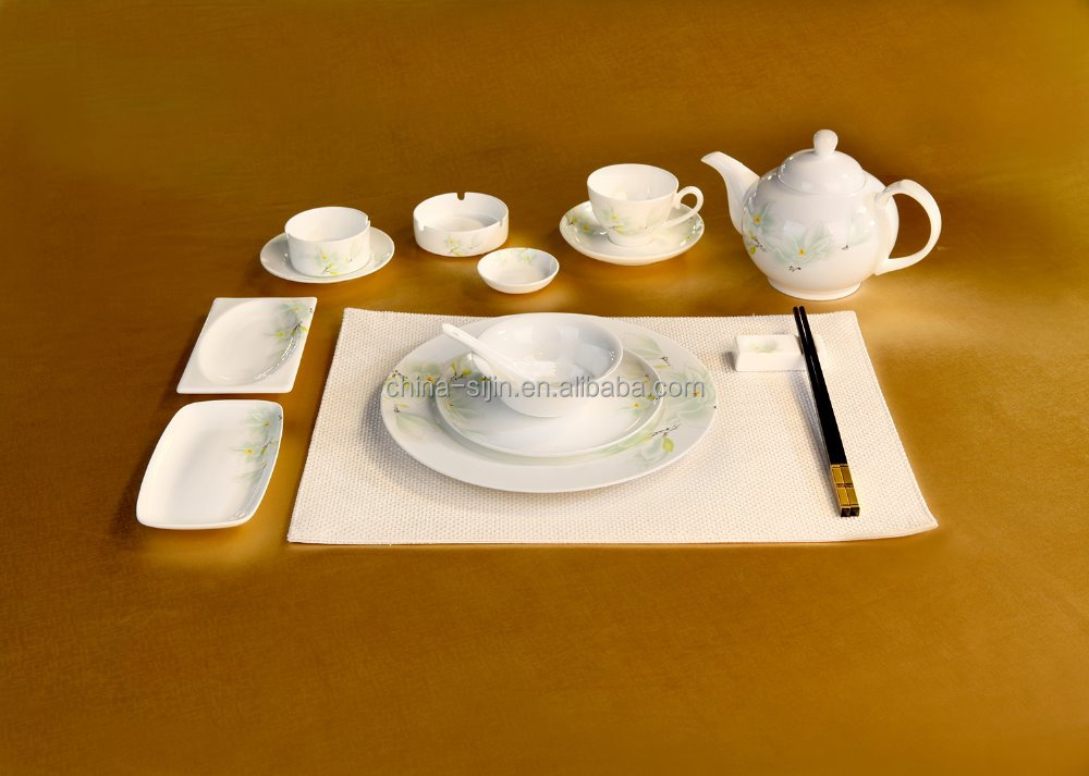 Elegant ceramic dinner set luxurious porcelain plates and cups