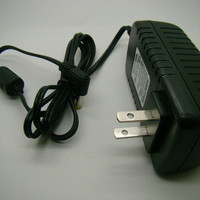 OEM Wholesale 9V 2A AC Adapter For Medela Pump in Style 920.7010 9207010 Power Supply Charger