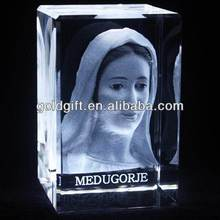 Top grade discount 3-d laser crystal etched virgin mary