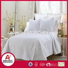 24 hours reply service Low MOQ Regular design made in china quilts for wholesales