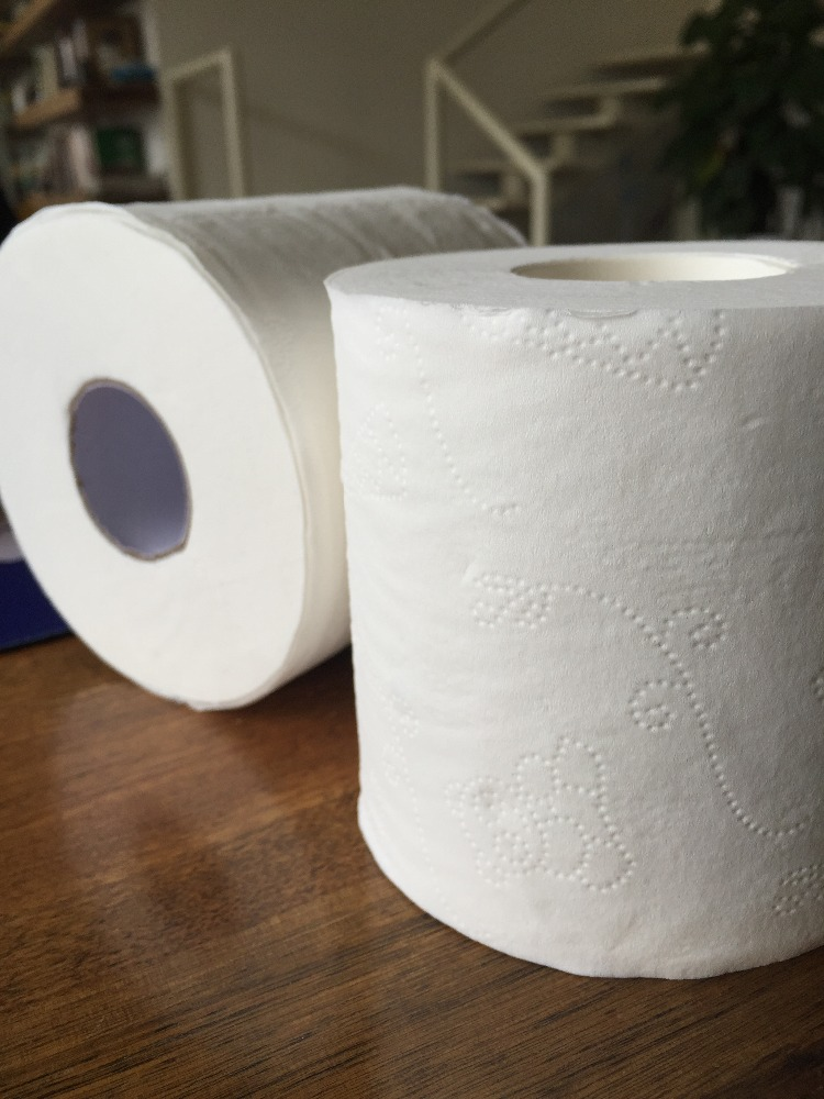 2015 hot selling 2ply bamboo toilet rolling paper custom printed toilet paper wholesale