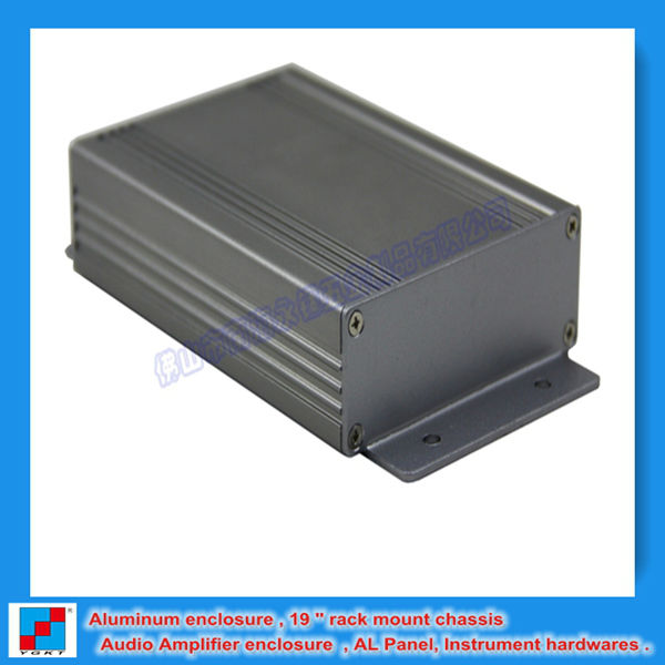 Amp aluminum extrution enclosure / housing / shell / box with wall mount 82.8x28.8x117 mm /3.26''x1.13'' x 4.6 ''(wxhxl)