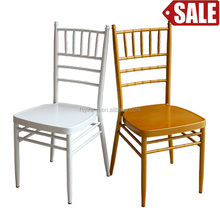 2016 New Design Acrylic Chiavari Chair With Cushions In Hotel