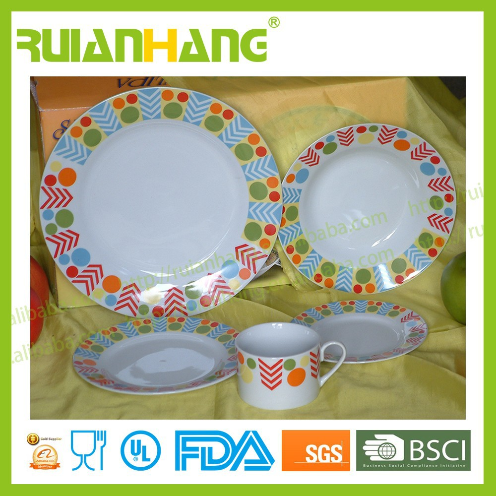 Chinese style porcelain dinner set for family