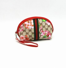 Low MOQ Stock Shell Shape Printing Cosmetic Pouch with Mirror