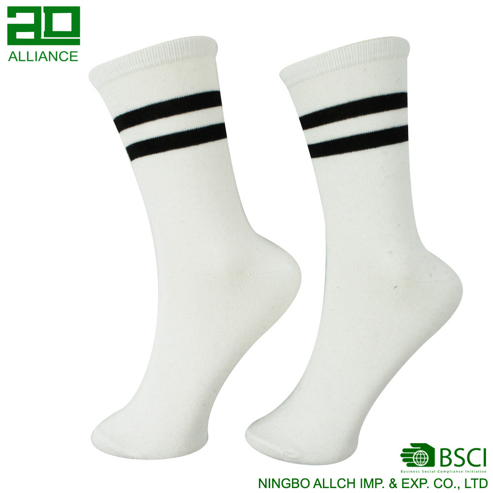 Men Bamboo Fiber Cotton Crew Cheap White Socks