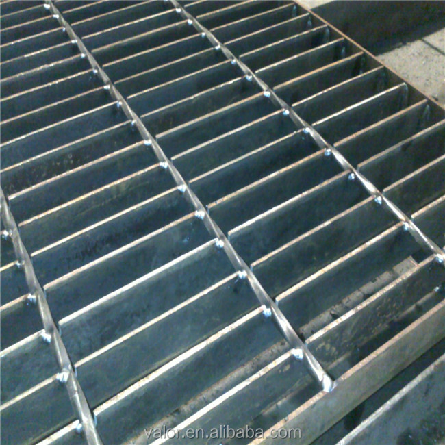 Metal Door Mat / Stainless Serrated Steel Grating / Ditch Cover Steel Grating Alibaba Supplier