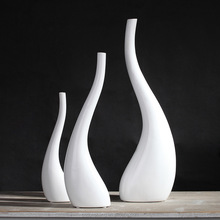 wholesale simple white ceramic matte waterdrop shaped vase for single flower