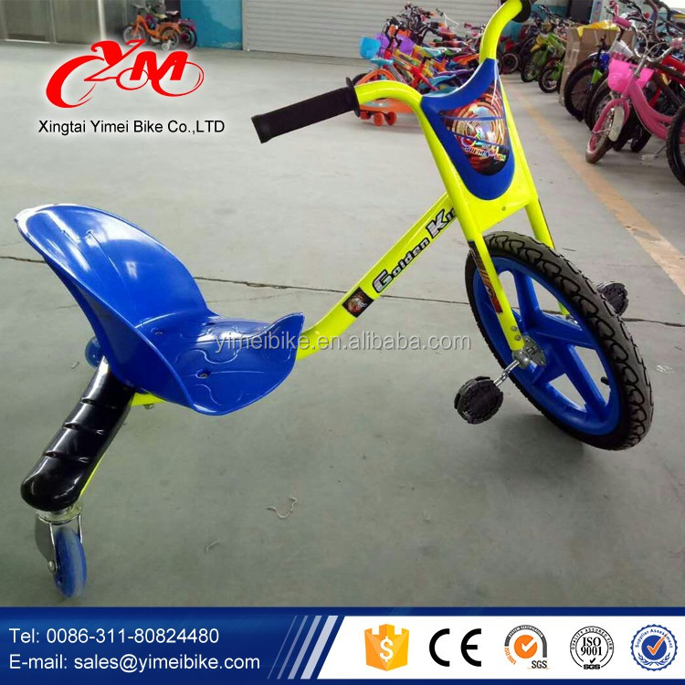 2016 Beautiful and Flashing Colors Cheap Price ride on car drift board scooter/Top sale swing car price/Cheap 3 Wheel Kids Kick