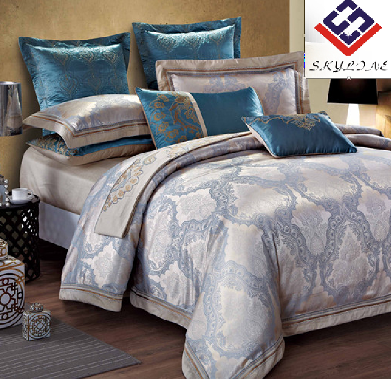 Luxurious reversible polycotton jacquard wedding duvet cover and pillowcase bedding set