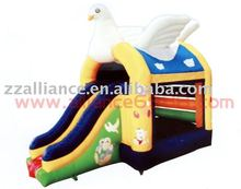 Pigeon Bounce inflatable jumping castle
