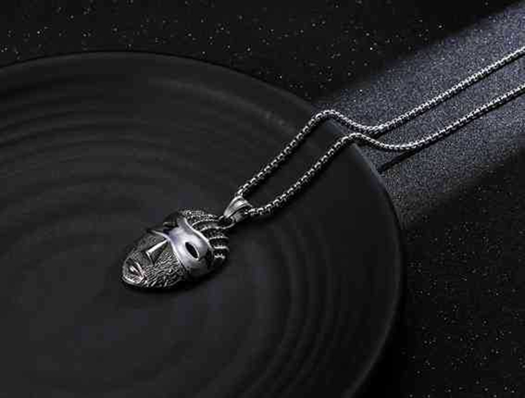 Hip Hop Antique Style Stainless Steel Material Mask Shaped Men Dance Necklace Jewelry Wholesale