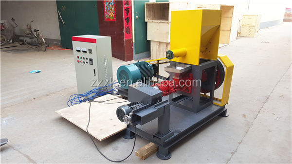 Industrial fish feed pellet machine for animals