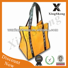Top quality portable eco-friendly Factory supply waterproof reusable Beautiful made in China fashion family shopping bag