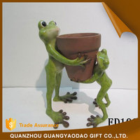 For flower home decoration pieces frog mother and son carrying a pot home decoration items