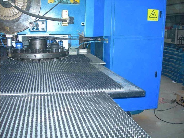 MP10-30 mode Maofeng brand hydraulic CNC turrent punching machine
