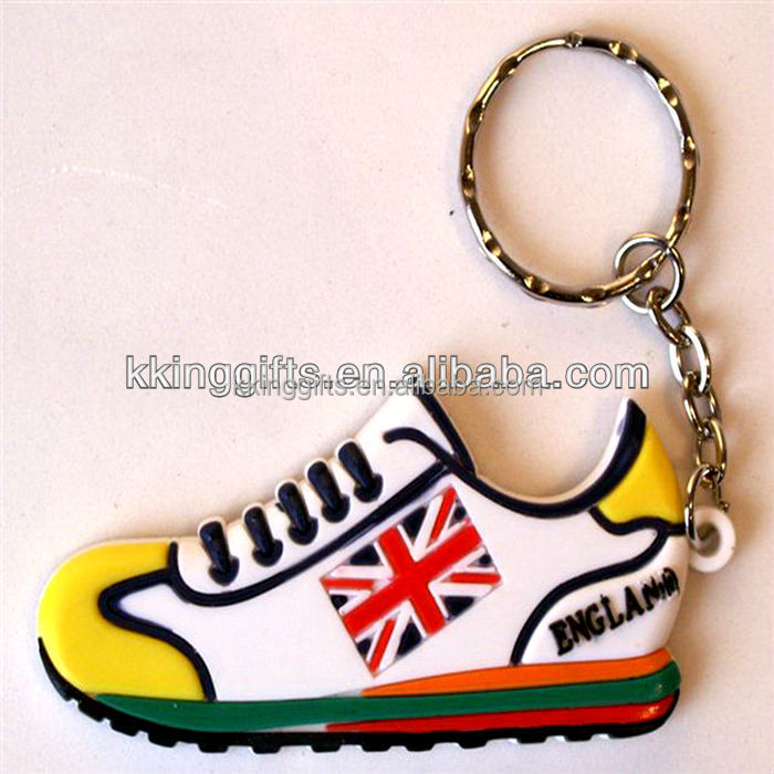 Cheap custom fashion emoji wholesale mini running shoe keychain