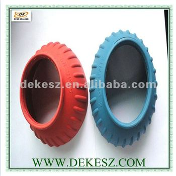 Rubber seal for truck manufacture