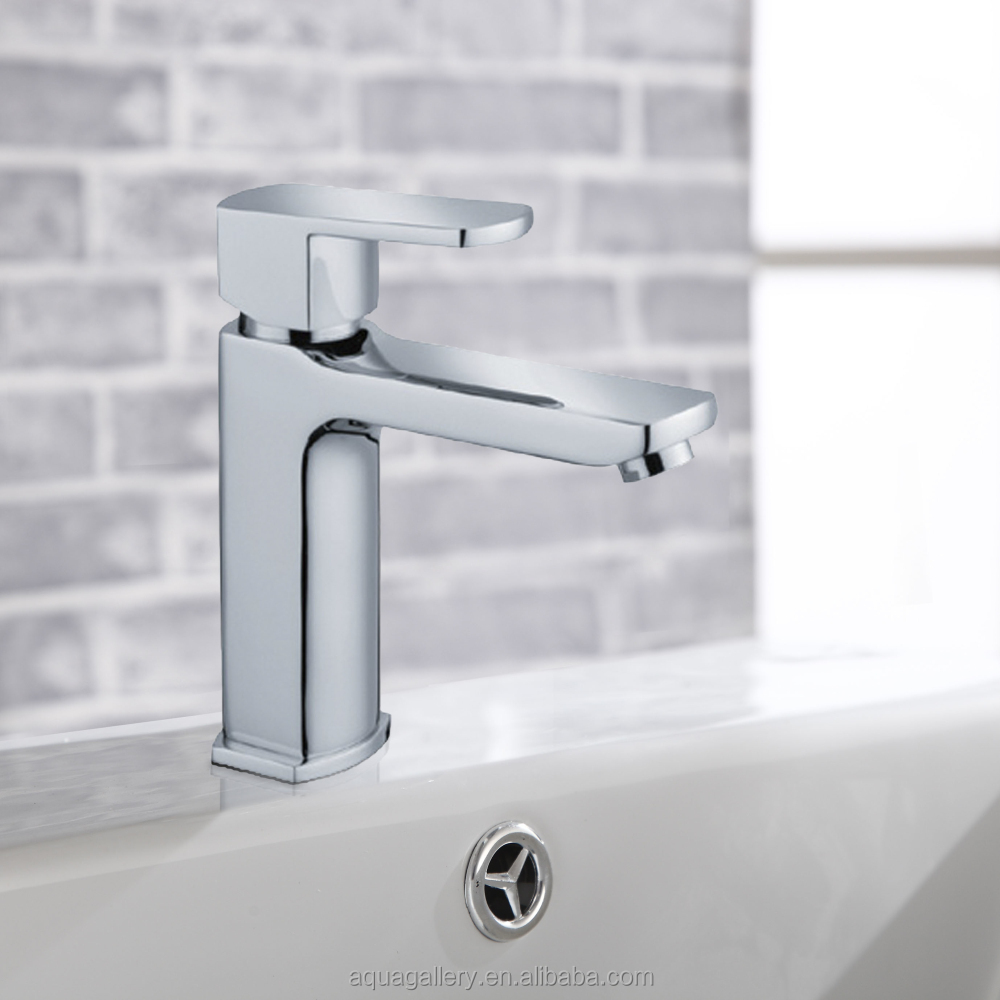 Bright Chrome Finished Bronze Faucet for Bathroom