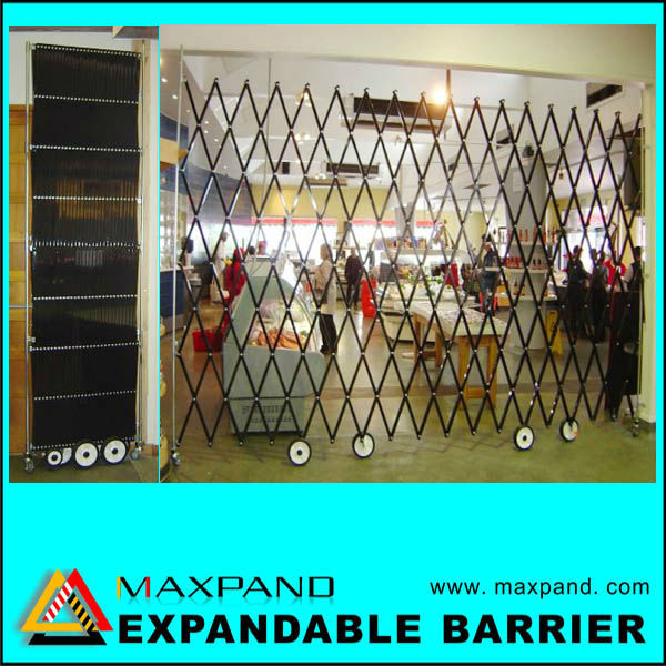 OEM Model F7D Movable Expandable Mobile Security Fence