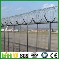 High quality airport security fence panel/ chain link fence for residential or commercial