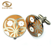 Hot Selling Product New Custom Yellow Engrave Novelty Cufflinks