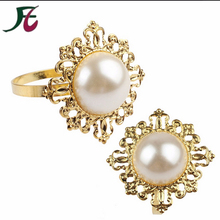 Metal Gold Plated Bling Pearl Napkin Ring for Table Decoration
