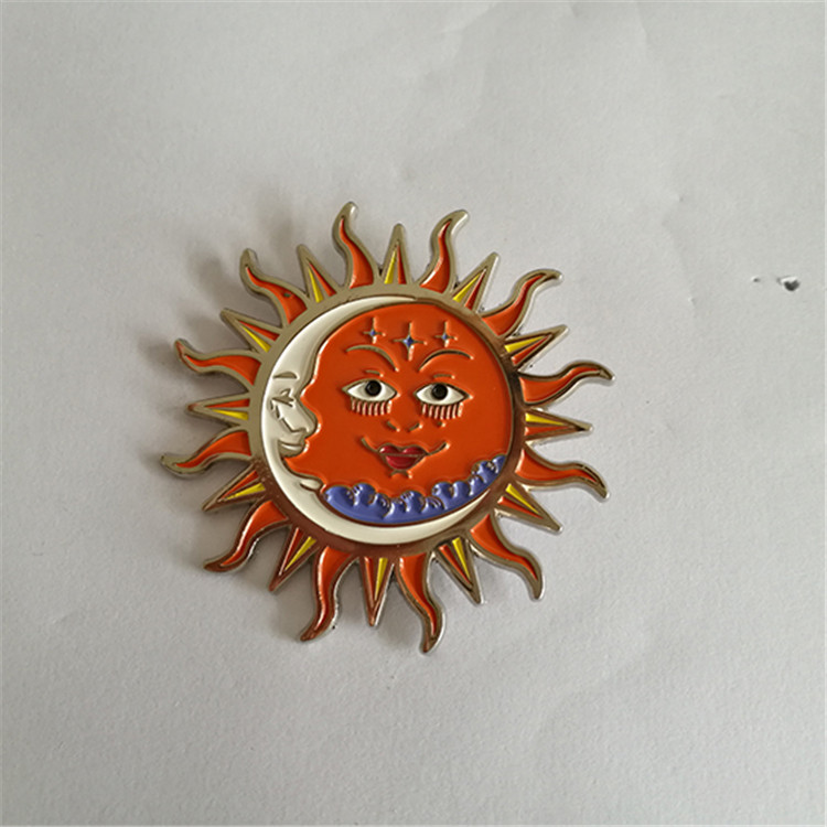 New Arrival zinc alloy wholesale gold lapel pin