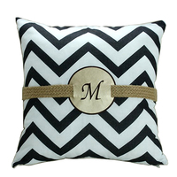 New arrival white/black fancy chevron cushion cover pillow case