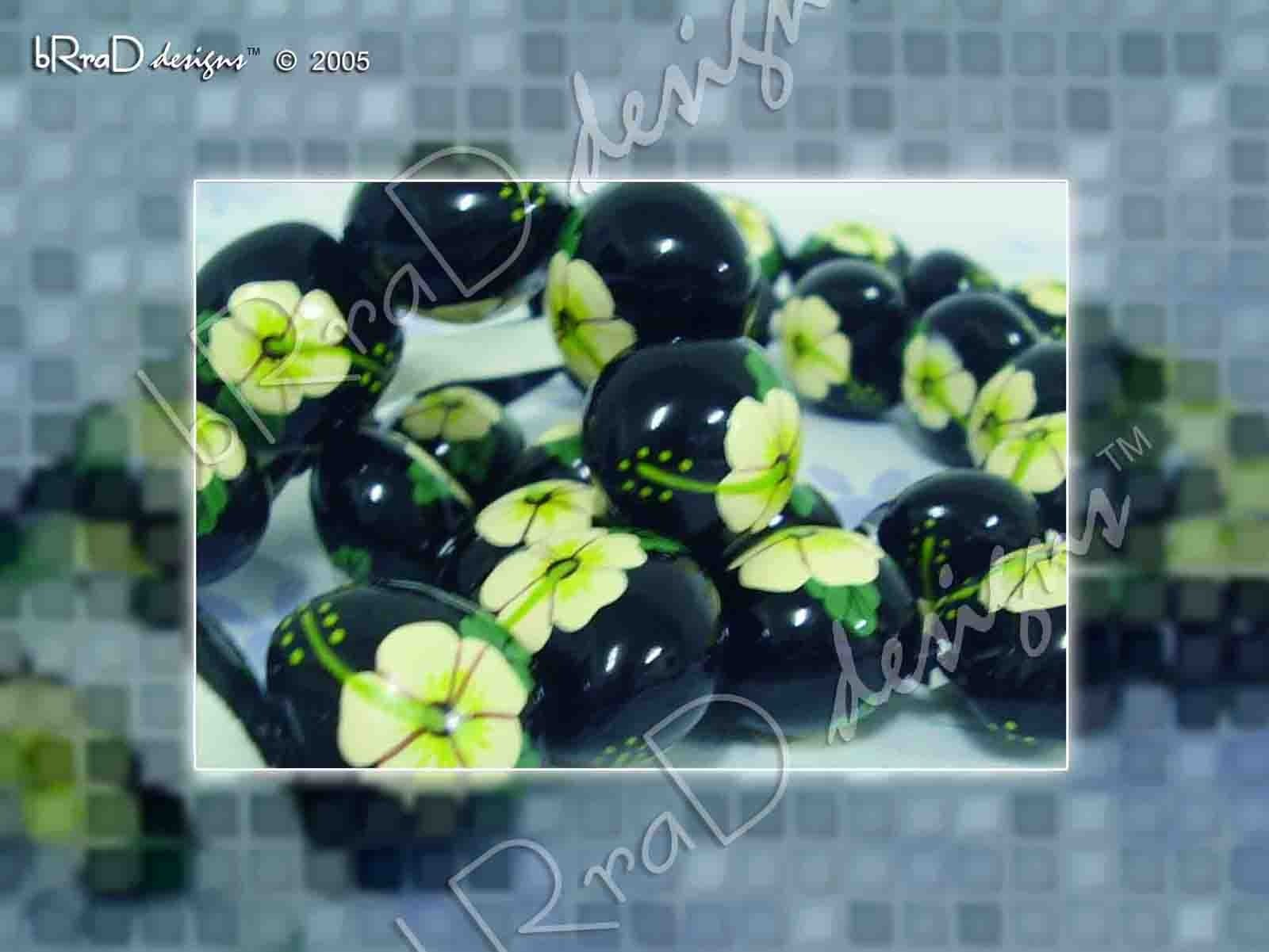 Kukui Nut Painted Necklace