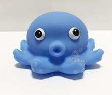 Vinyl Ocean Octopus Fountain Baby Bath Toy