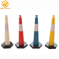 Most Popular T-Top Delineator Bollard / Delineator Cone for Traffic Control