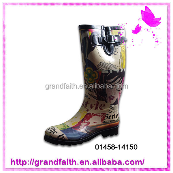 2014 Hot selling custom cheap rubber rain boots