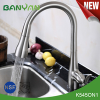 Modern Single Handle Upc 61-9 Nsf Pull Out Kitchen Faucet