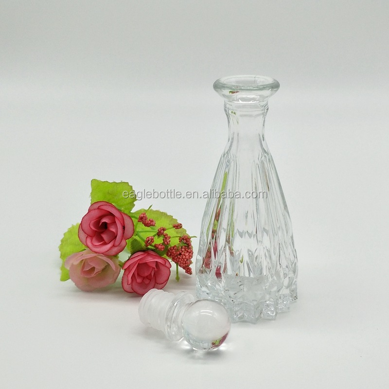 pyramid shaped glass difusser aromatherapy bottle high quality